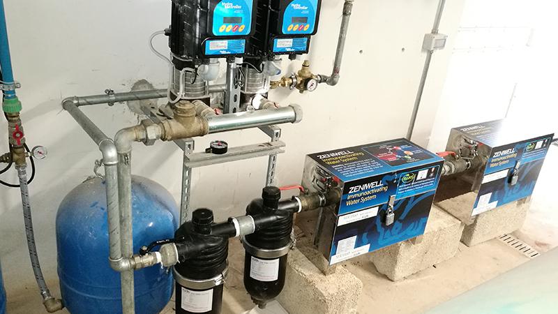 Sistema para la producción de agua inmune-bioactiva DMBio utilizada en la finca agrícola de Faresalento